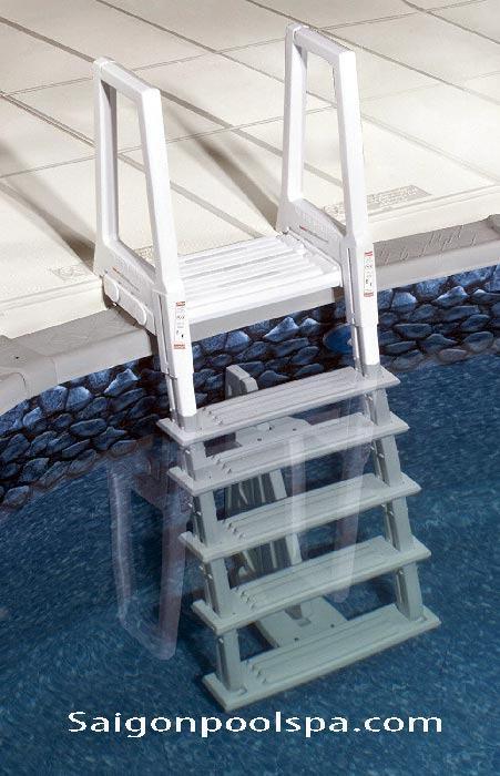 Cầu thang Bể bơi nhập khẩu