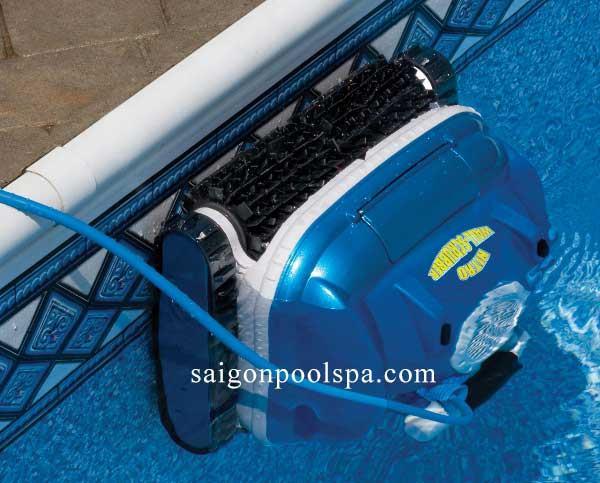 Robot tự động leo tường vệ sinh hồ bơi