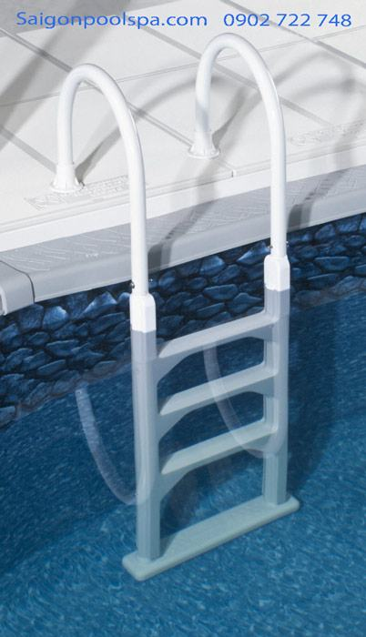 So sánh giá Cầu thang hồ bơi