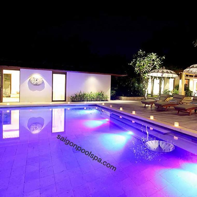 đèn âm nước bể bơi