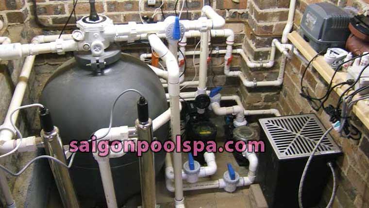 lựa chọn hệ thống máy lọc nước tuần hoàn hồ bơi